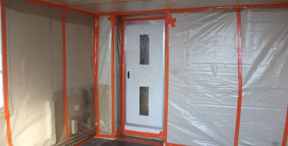 Bernadet construction traitement de l amiante en place for Faux plafond colle